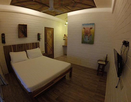 ecohotel_elnido_deluxe_room3